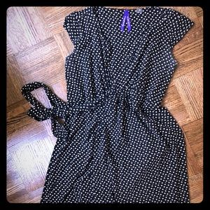 Seraphine sleeveless graphic print wrap dress